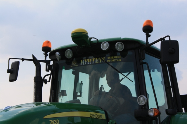 John Deere, Powered by... Mertens